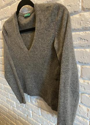 Тёплый укороченый свитер из шерсти 💙