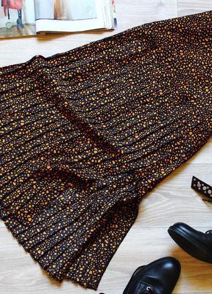 Очень красивая сатиновая юбка плиссе