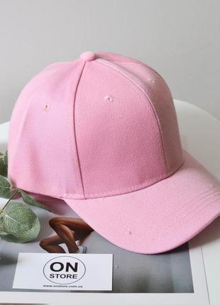 Модная женская кепка розового цвета