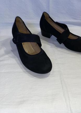 Туфлі * gabor* шкіра-нубук німеччина р.39 (25.50)