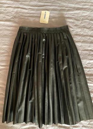 Плиссе юбка  эко кожа качество бомба осень зима-s