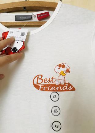 Красивая футболка yessica c&a peanuts с принтом best friends