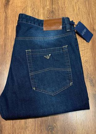 Armani jeans размер 36. джинсы.