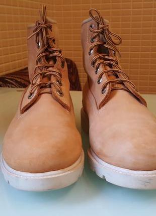 Стильные кожаные ботинки timberland