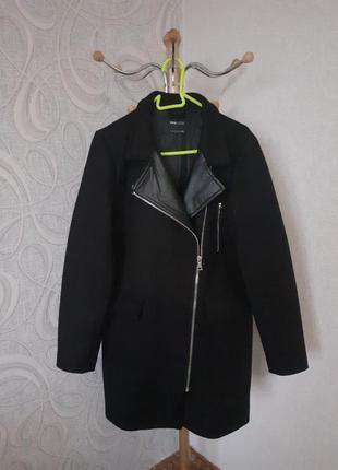 Чёрное пальто sinsay