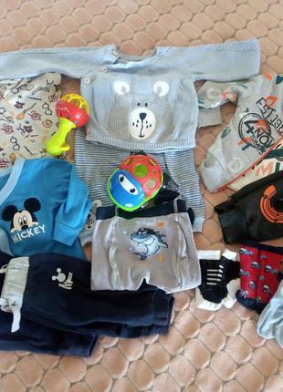 Пакет одягу від 3 місяців до року