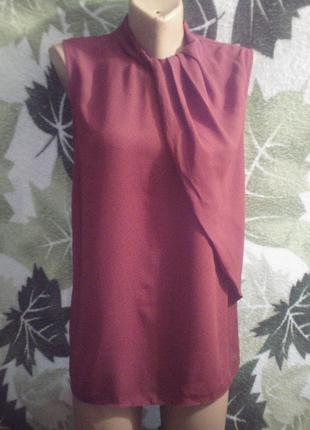 Next 12. удлиненная нарядная шикарная блузка блуза шифон  красная с защипами