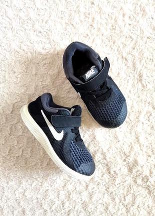 Nike revolution 4 черные кроссовки кеды сетка липучка р. 25-26 15,5 см