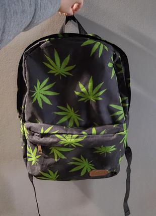 Рюкзак в принт