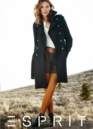 Теплое демисезонное двубортное шерстяное пальто с поясом