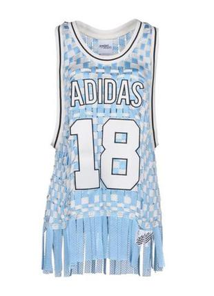 Баскетбольная футболка топ майка удлиненная футболка adidas x woven basketball jersey adidas by jeremy scott