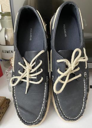 Взуття чоловіче pull&bear