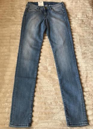 Круті скінні джинси