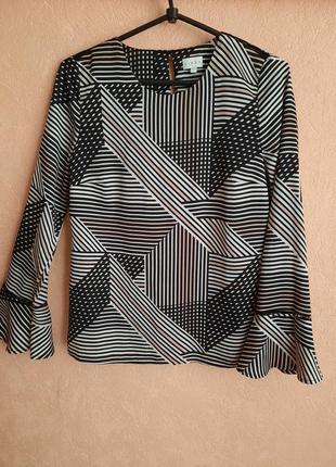 1+1=3 блуза с геометрическим орнаментом