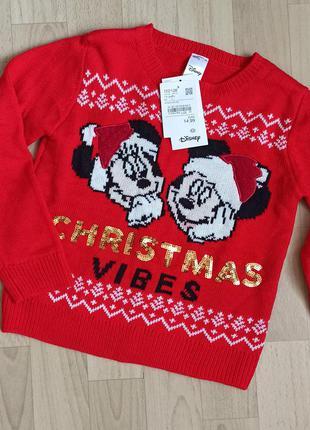 Новорічний  светр c&a & disney на зріст 170/176  см. склад 100% акрил.