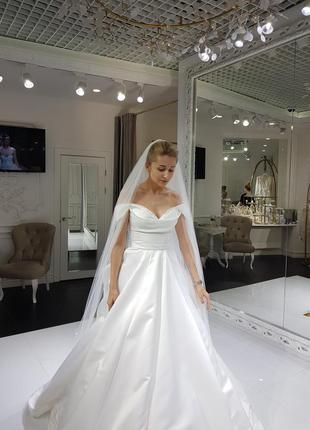 Весільна сукня maura від milla nova (xs)