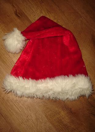 Красивая новогодняя шапка с меховым отворотом до ог до 54-55