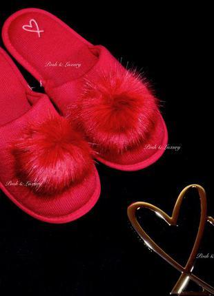 Victoria's secret. тапочки викториас сикрет (виктория сикрет). pom-pom slippers