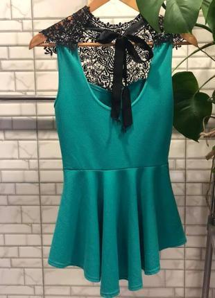Tu женская блуза изумрудного цвета с ажурной вставкой размер s