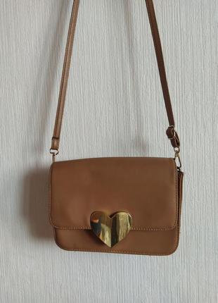 Шикарная сумка с сердечком