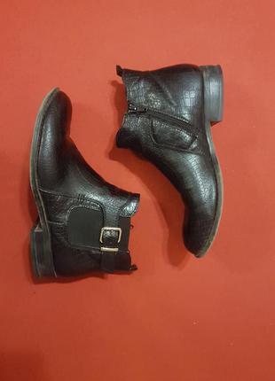 Стильные ботиночки от catwalk 39