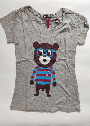 Женская футболка с медведем серая, размер xl