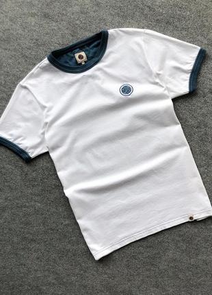 Оригінальна білосніжна футболка pretty green classic t-shirt white