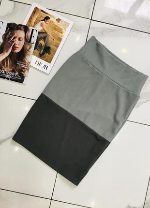 1+1=3 🎃 актуальная юбка средней длины хаки цвета от lularoe