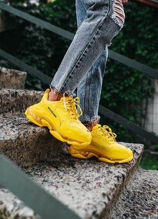 Женские кожаные кроссовки balenciaga triple s «yellow»