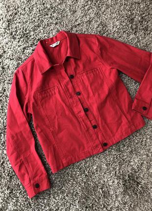 Джинсовая курточка красная джинсовка