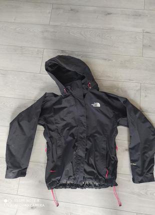 Куртка від tnf