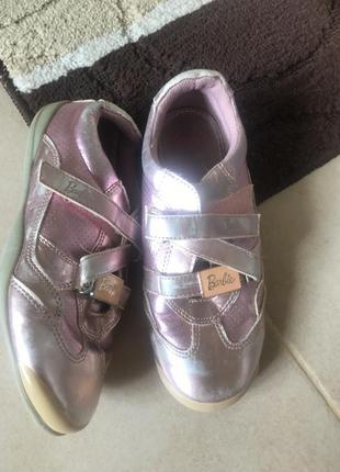 Лаковые кожаные кроссовки оригинал barbie
