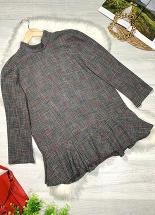 Плотная блуза с декором на спинке zara