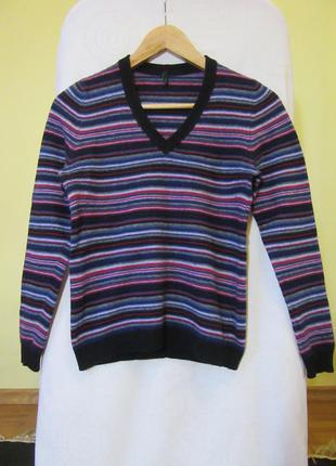Кашемировый свитер united colors of benetton. зимний, очень теплый. размер хs.