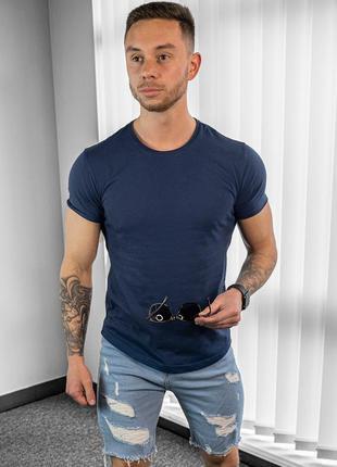 Мужская футболка приталенная синяя