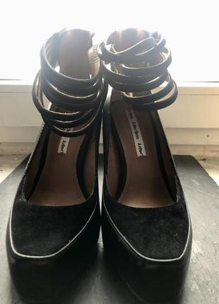 Туфлі на каблуку, туфли на каблуке