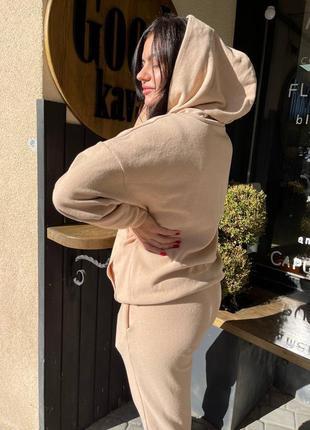 Теплий осінній костюм
