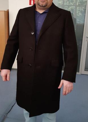 Пальто демисезон 52 р. фирма mavest