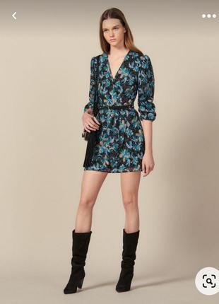 Стильна сукня sandro
