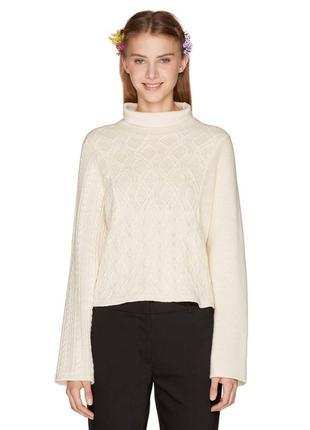 Новий брендовий молочний светр кофта італія