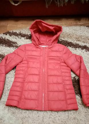 Продам дуже хорошу стогану дитячу куртку