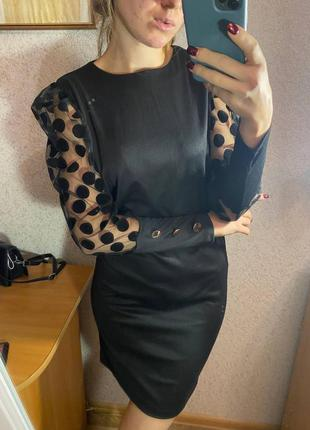 Платья черное с рукавом