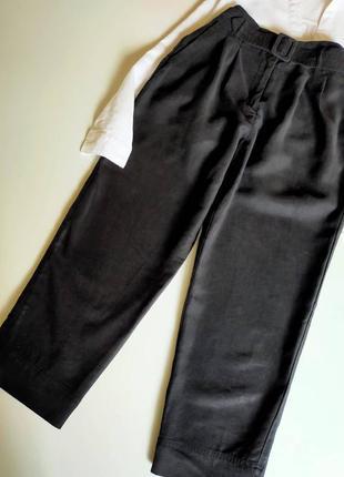 Свободные брюки бананы с защипами h&m