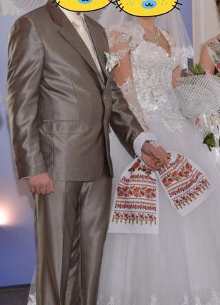 Продам свадебный наряд для жениха