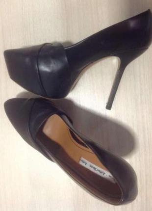 Кожаные туфли на шпильке & other stories (дания) # кожаные туфли на шпильке
