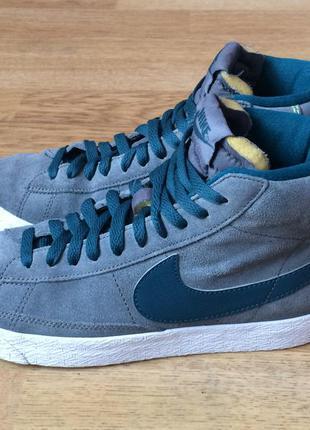 Замшевые кроссовки nike 37 размера в идеальном состоянии