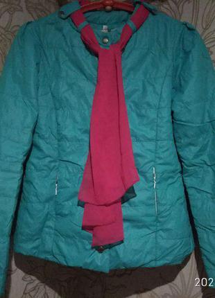 Болоньевая женская демисезонная куртка