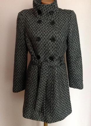 Демисезонное  короткое пальто . / s- m/ brend next
