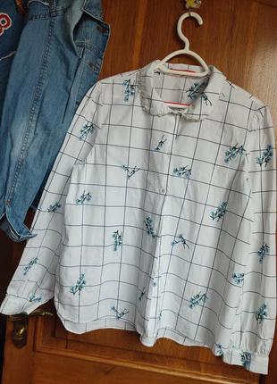 Красивая белая рубашка с вышивкой zara