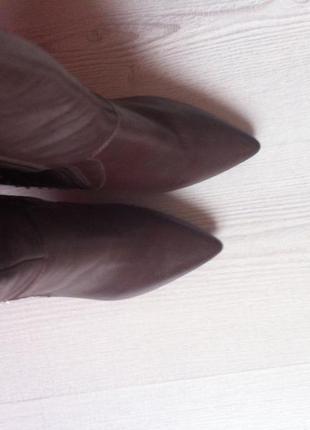 Сапожки кожаные! французский бренд minelli! сапожки на каблуке!